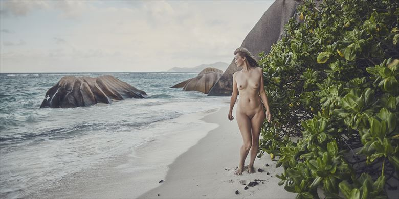always summer artistic nude photo by photographer dml