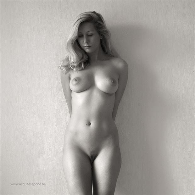amedea2 artistic nude photo by photographer acqua e sapone