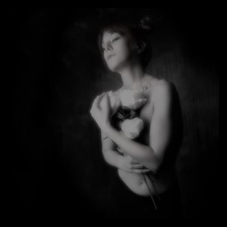 amethyst artistic nude photo by photographer henney