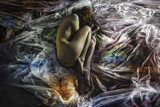and all the voices just burn holes Artistic Nude Photo by Artist inglelandi