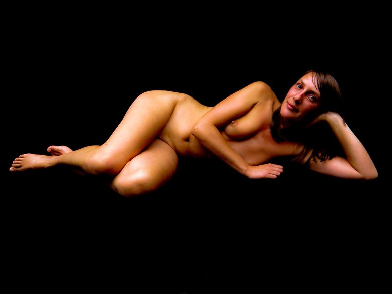 anita of berlin 2009 artistic nude photo by model thomas lundy
