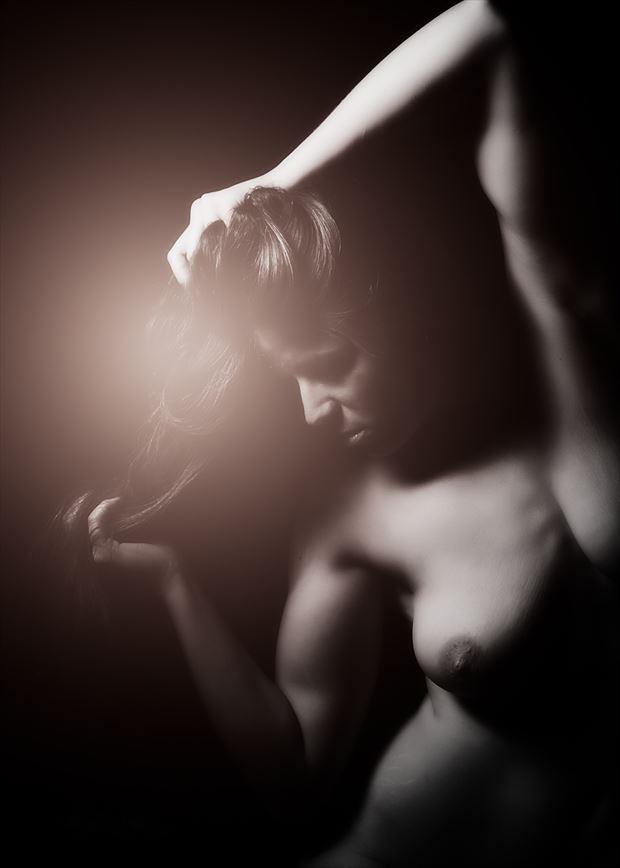 anna artistic nude photo by photographer paul amey