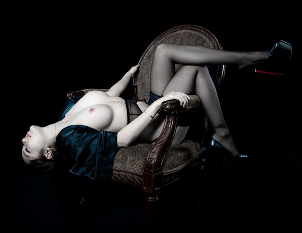 anna in a chair artistic nude photo by model jefflamarche