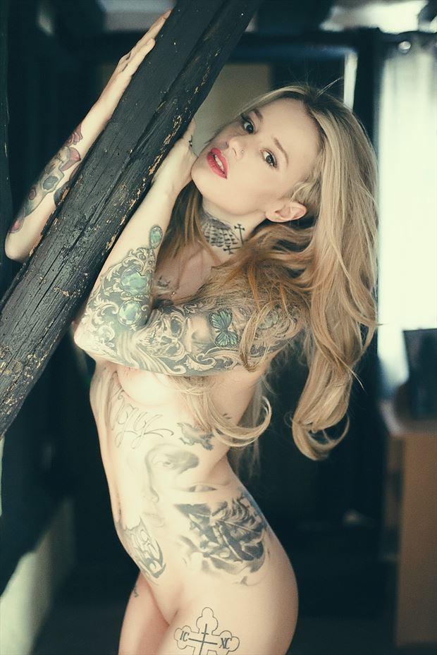 anna kamikaze artistic nude photo by photographer glossypinklipstick