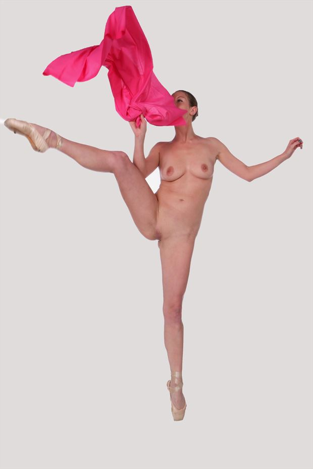 anonymous dance artistic nude photo by photographer robert l person