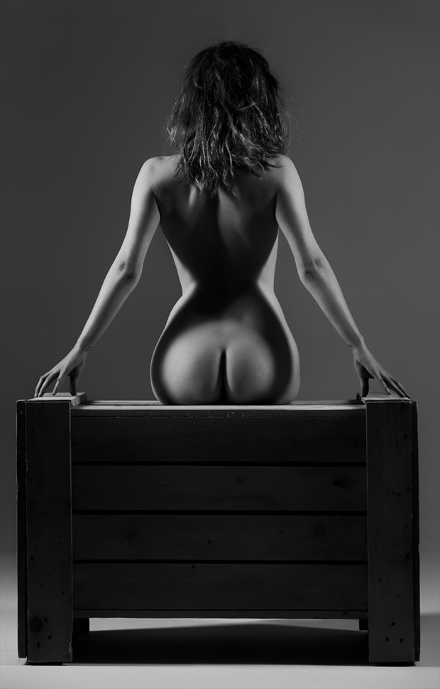 apple bottom  Artistic Nude Photo by Model TheaRosee