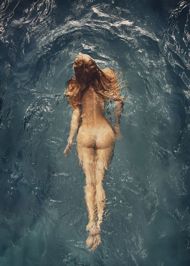 aqua artistic nude photo by photographer dml
