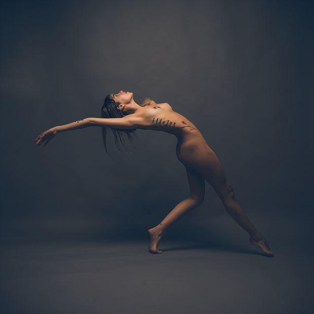 ar 311 artistic nude photo by photographer zabrodski
