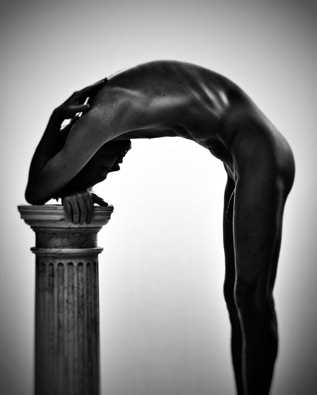 arch artistic nude photo by photographer r pedersen