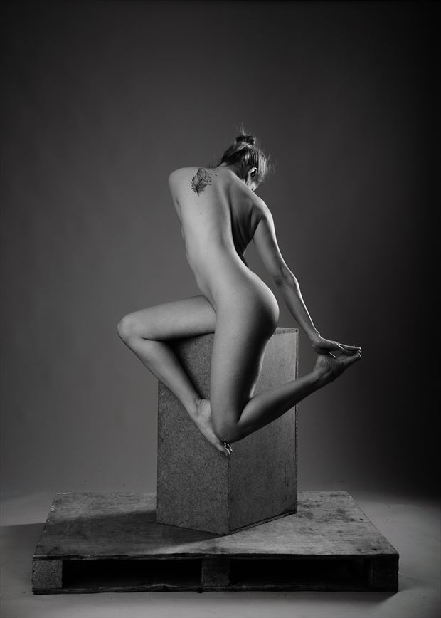 aria rainbow artistic nude photo by photographer andyd10