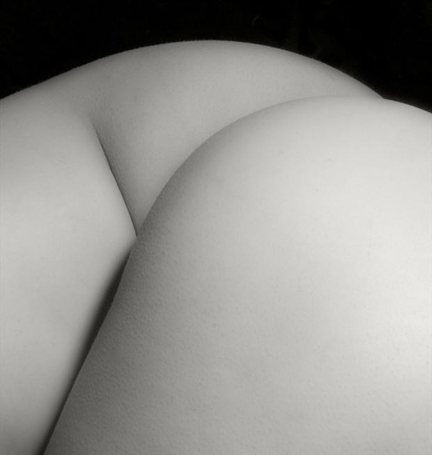 around artistic nude photo by photographer milt reeder