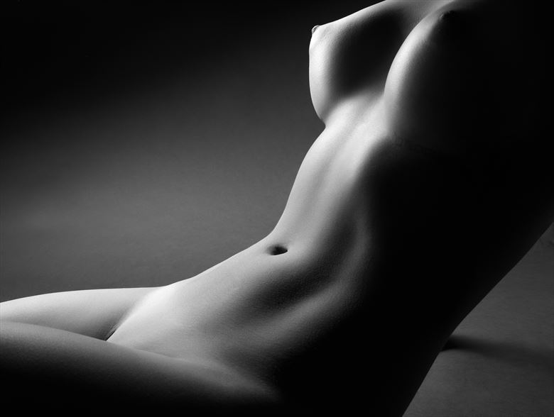 artistic nude abstract artwork by photographer lomobox