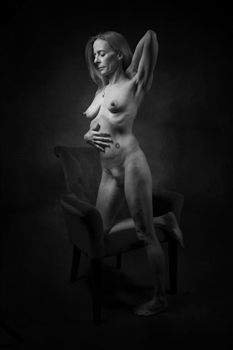 artistic nude alternative model photo by photographer curvedlight