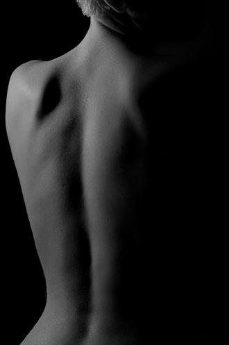 artistic nude chiaroscuro photo by photographer gaston lamaitre