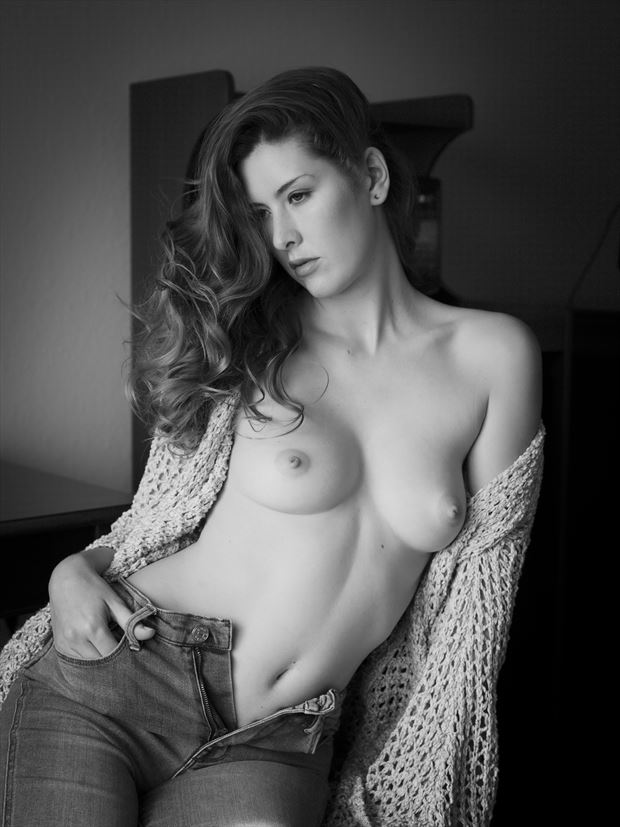 artistic nude digital photo by photographer mike gillotti