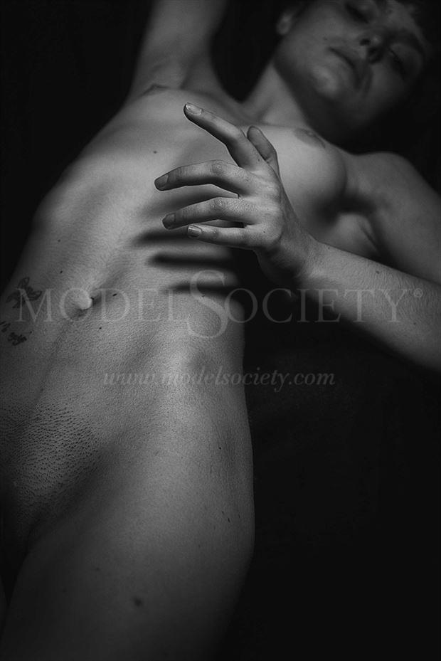 artistic nude erotic photo by photographer constantine lykiard