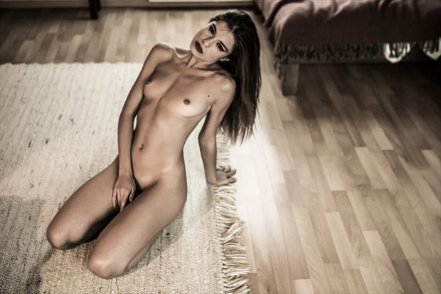 artistic nude erotic photo by photographer looking_eye