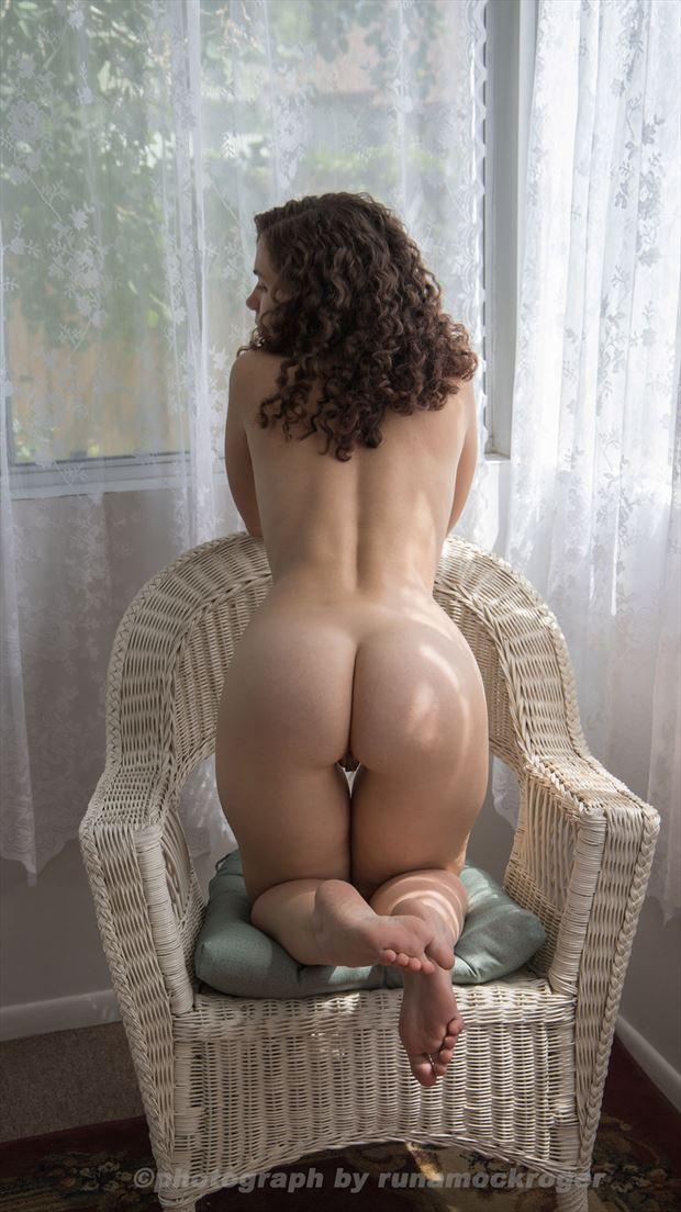 artistic nude erotic photo by photographer runamockroger
