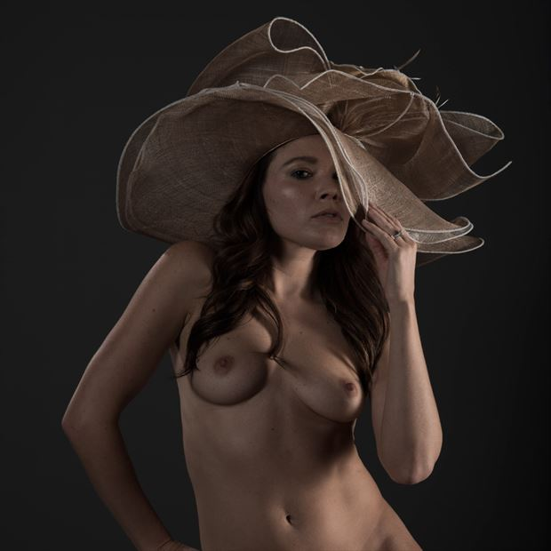 artistic nude figure study photo by model missmissy