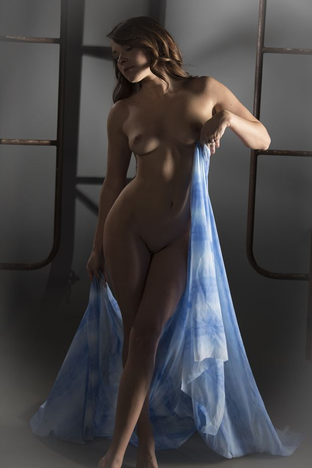 artistic nude figure study photo by model missmissy