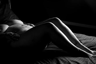 artistic nude figure study photo by model verotikasynful