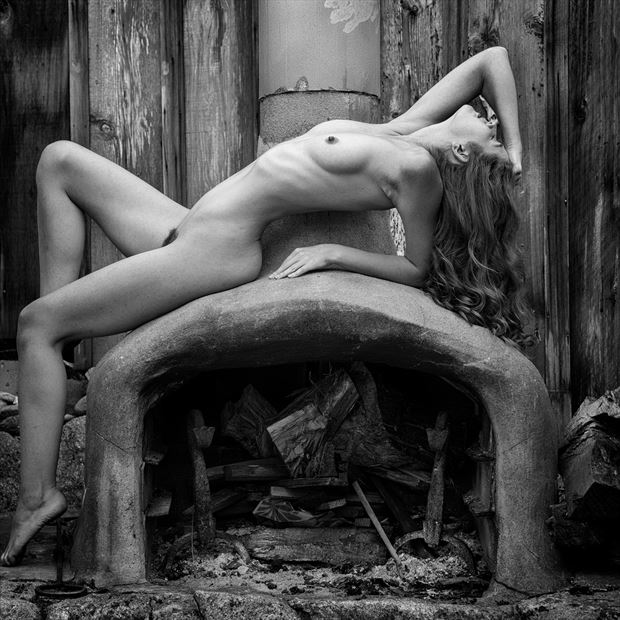 artistic nude figure study photo by photographer arclight images