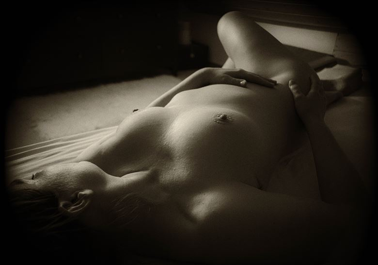 artistic nude figure study photo by photographer bengunn
