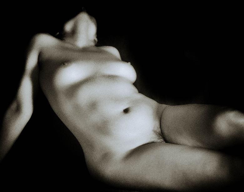 artistic nude figure study photo by photographer bengunn