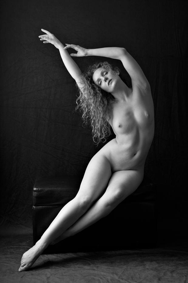 artistic nude figure study photo by photographer kayakdude