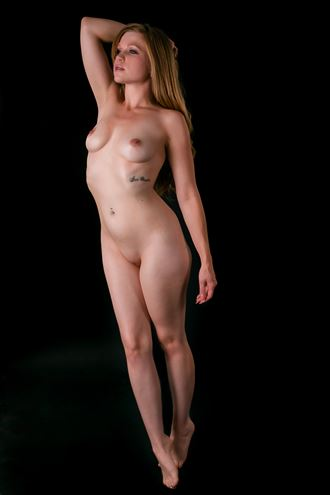 artistic nude figure study photo by photographer mikesbp
