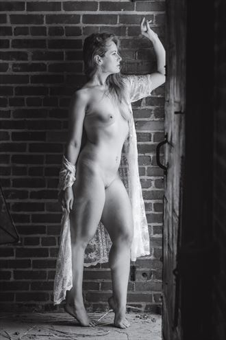 artistic nude figure study photo by photographer youngblood