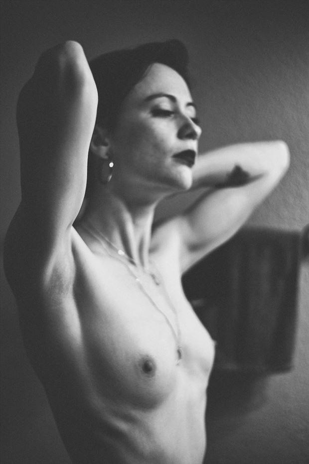 artistic nude glamour artwork by photographer emissivity