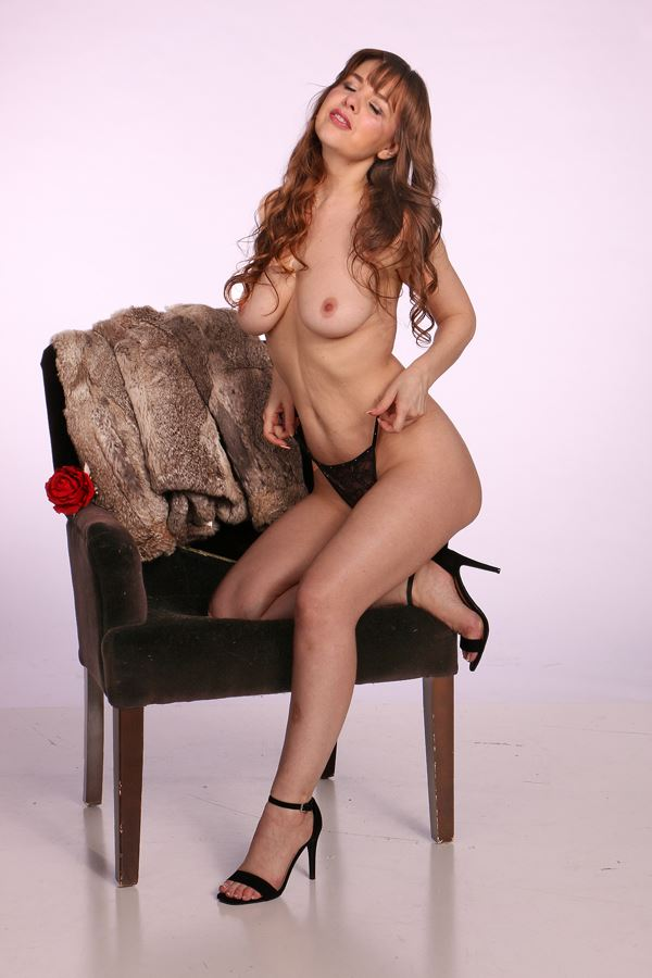 artistic nude glamour photo by model jenna
