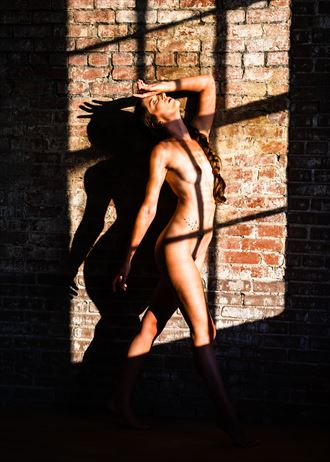artistic nude natural light artwork by photographer jwizzi