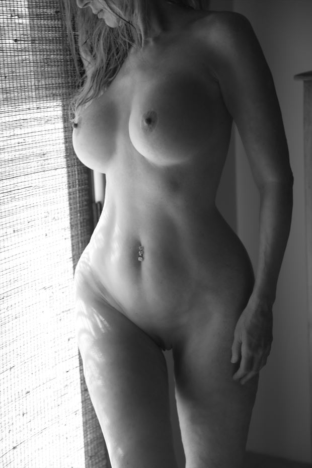 artistic nude natural light photo by model sirsdarkstar