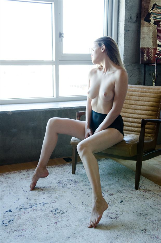 artistic nude natural light photo by photographer m2lightworks