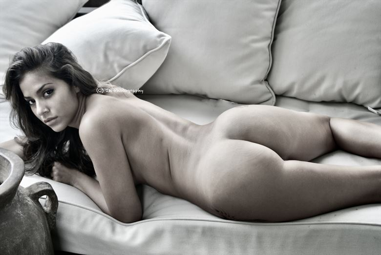 artistic nude natural light photo by photographer macro