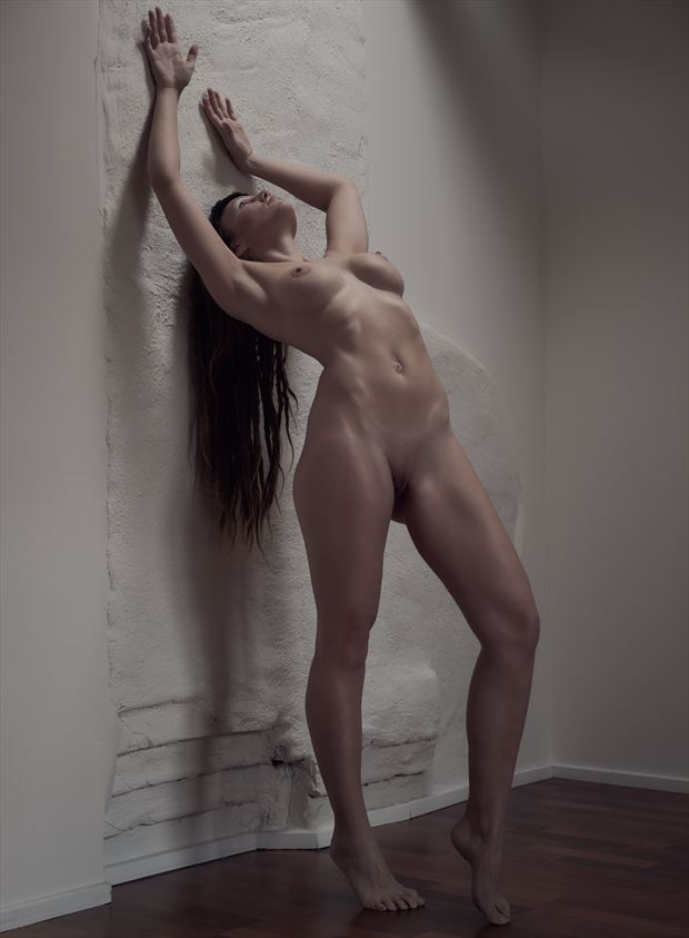 artistic nude natural light photo by photographer patriks