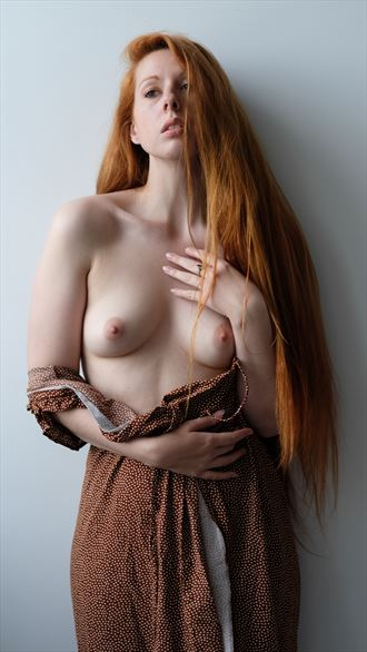 artistic nude natural light photo by photographer paul williamson