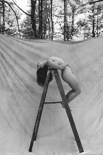 artistic nude nature photo by model madeline reynolds