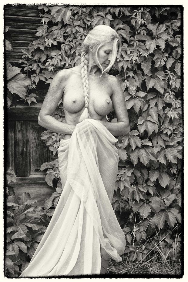 artistic nude nature photo by model sandra todd