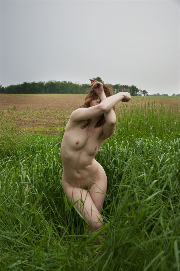 artistic nude nature photo by photographer castrourdiales
