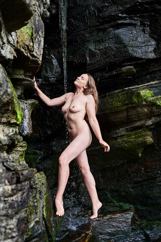 artistic nude nature photo by photographer mick gron