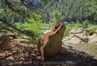 artistic nude nature photo by photographer runamockroger