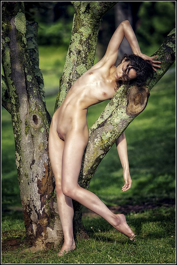 artistic nude photo by model beth mg
