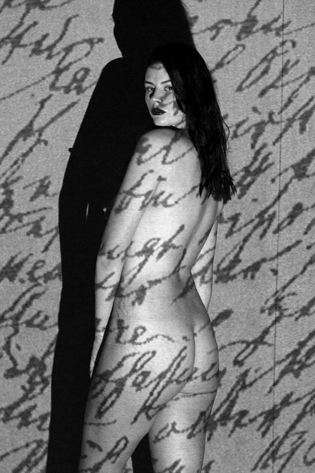 artistic nude photo by photographer akuna photography