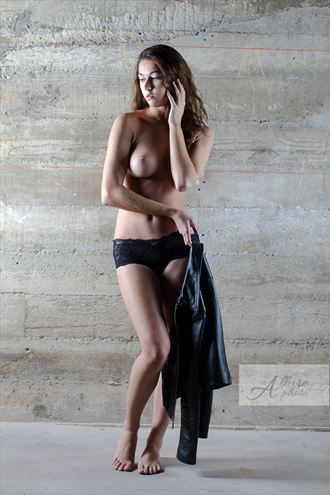 artistic nude photo by photographer allure photo
