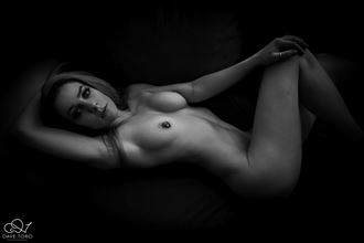 artistic nude photo by photographer bull