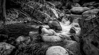 artistic nude photo by photographer dan van winkle