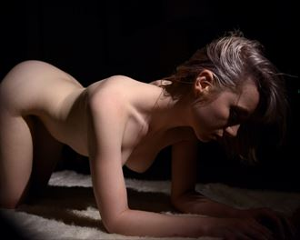 artistic nude photo by photographer dark eyes wander